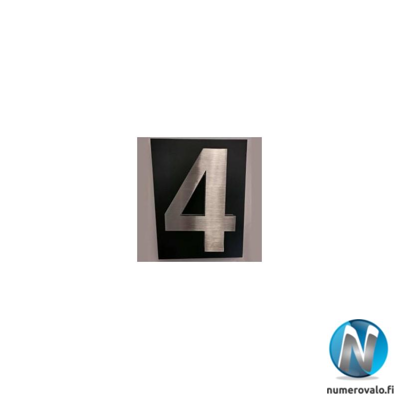 Numerovalo 4 mustalla taustapellillä